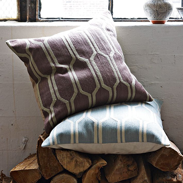 Pillows-covered-in-honeycomb-fabric