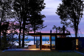 Scenic Weekend Getaway: Case Inlet Retreat in Washington