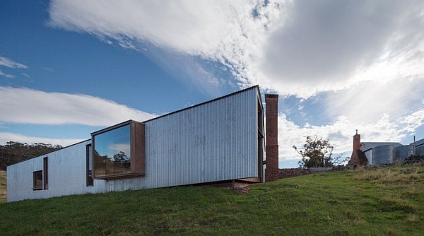 Shearers Quarters by John Wardle Architects 2 Rustic Charm and a Modern Makeover for the Shearers Quarters