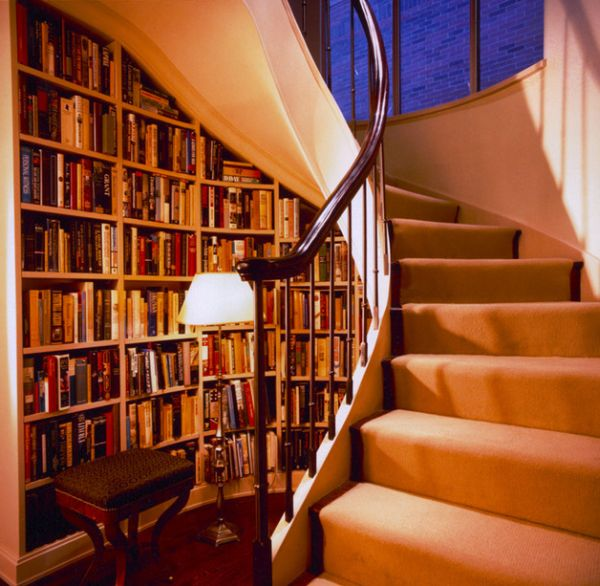 Spiral staircase with ample storage space underneath