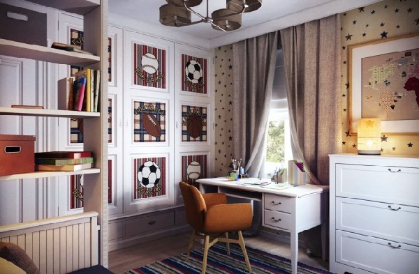 Sports-centric teen room with daft work space