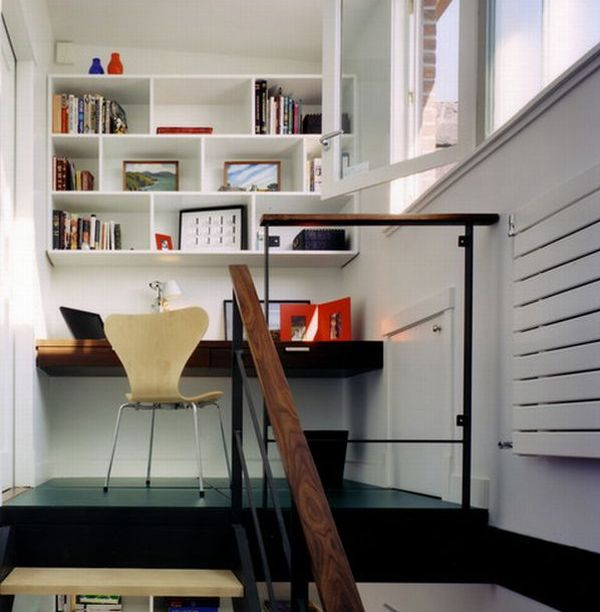 staircase landing transformed into an inviting home office