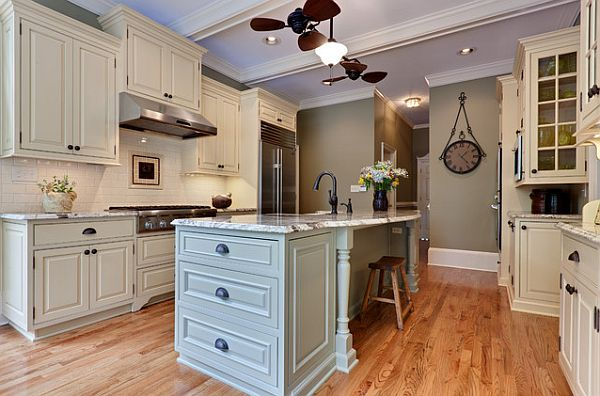 Traditional Kitchen Remodel With White Cabinets And Island Decoist