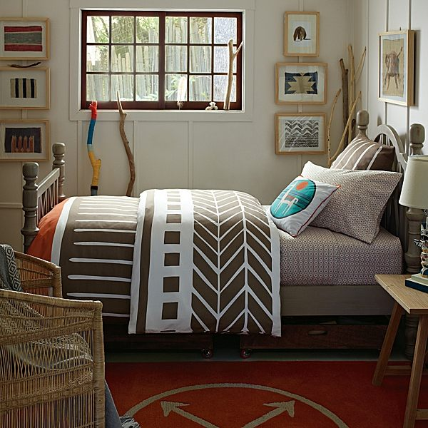 Tribal style bedding in earth tones 12 Bedding Designs for Fall
