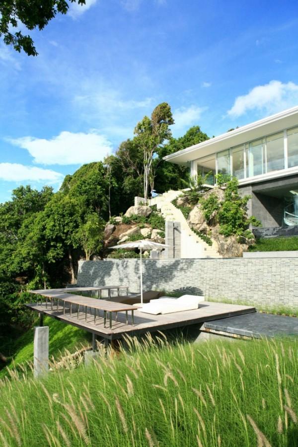 Villa Mayavee in Thailand 2 Modern Villa Mayavee in Thailand captivates with fluid charm!