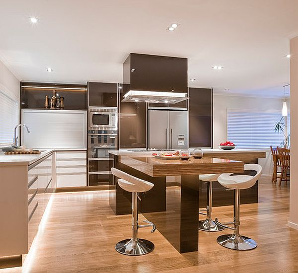 View In Gallery High Gloss Kitchen With Island