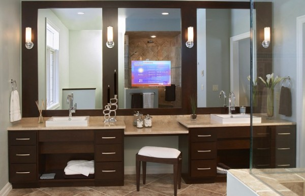 Creating bathroom lighting that commands attention Bathroom sconce lighting ideas