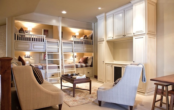 bunk-bed-with-ladder-stair.jpg (600×381)