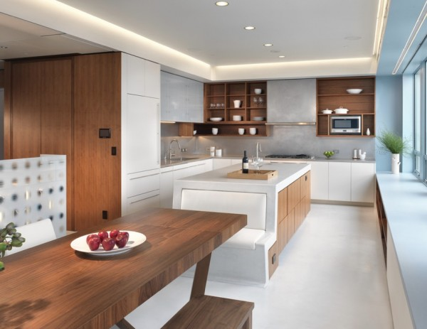 large kitchen integral seating e1349230018939 Oversize Kitchens: How to Include Comfortable Dining Space