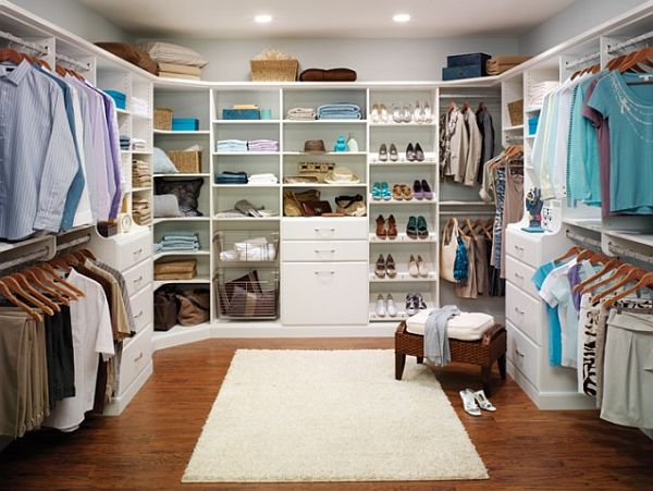 Master closet design ideas for an organized closet for Master bathroom closet design ideas