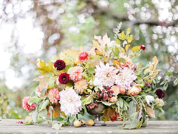 Thanksgiving centerpieces ideas for a festive table for Simple thanksgiving flower arrangements