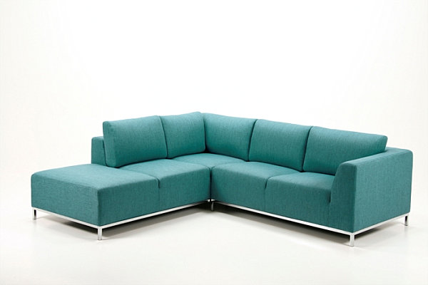Modern Sectional Sofas for a Stylish Interior : A modern teal sectional sofa from www.decoist.com size 600 x 400 jpeg 28kB