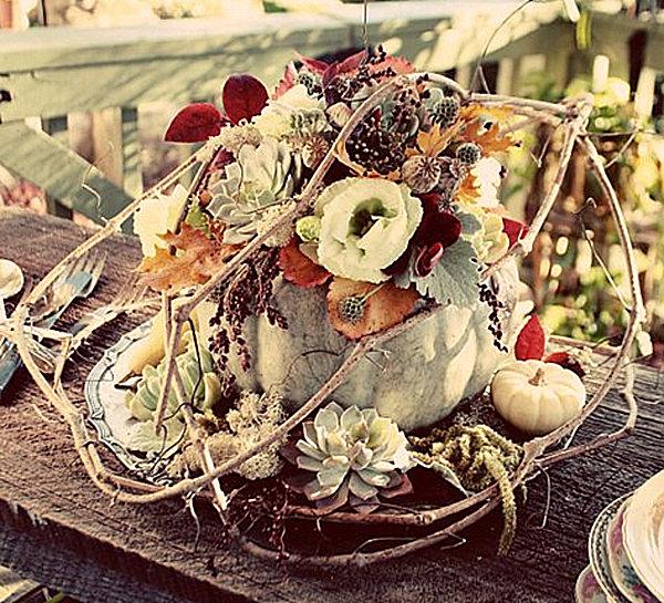 A-pumpkin-floral-centerpiece