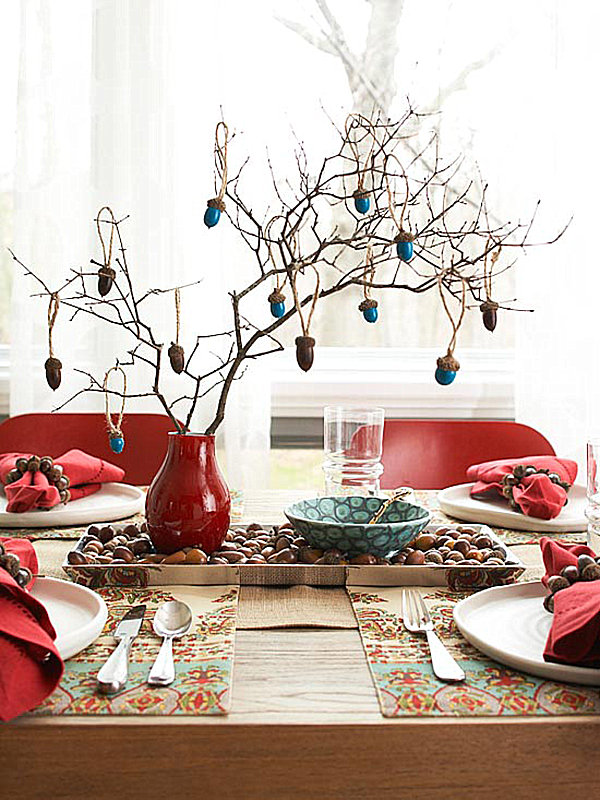 Acorn-inspired table setting for Thanksgiving