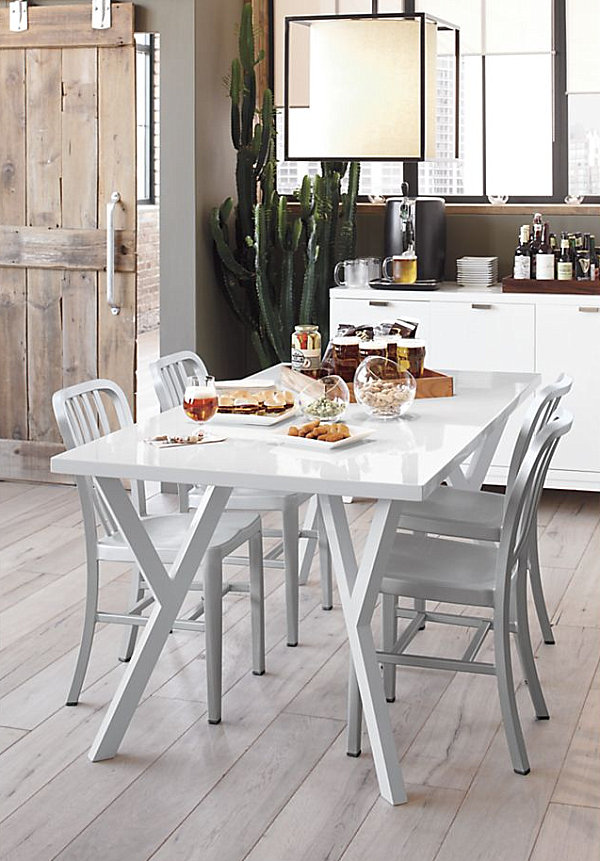 Vintage Wooden Chairs >> Chic Restaurant Chairs to Enliven Your Dining Experience