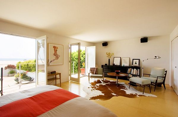 Birch-plywood-floors-in-the-master-bedroom