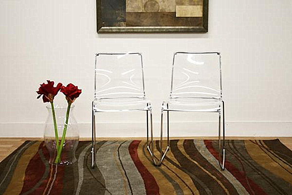 Clear-acrylic-dining-chairs
