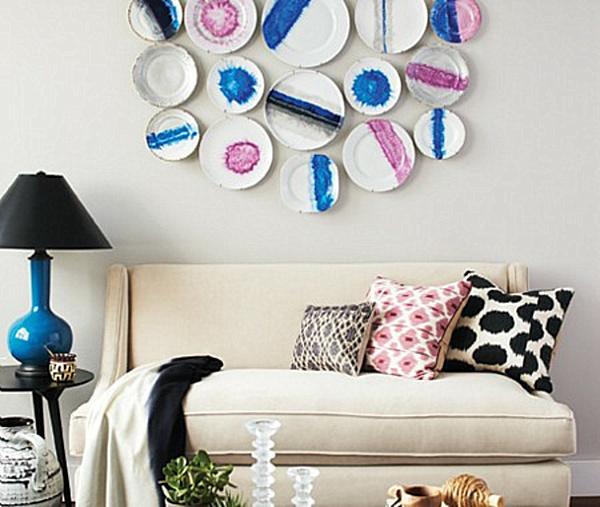 DIY porcelain plates wall