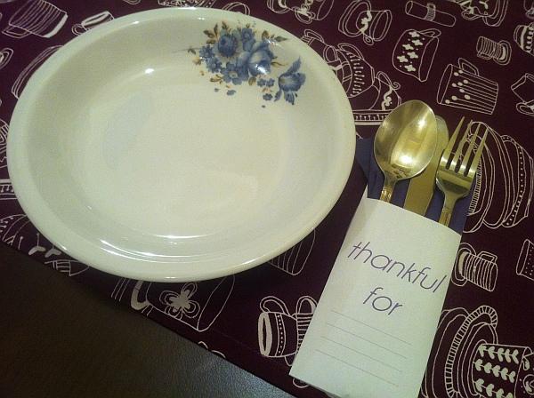 DIY thanksgiving table setup