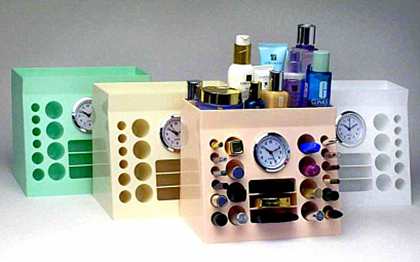 Handy Makeup Organizer With Clock