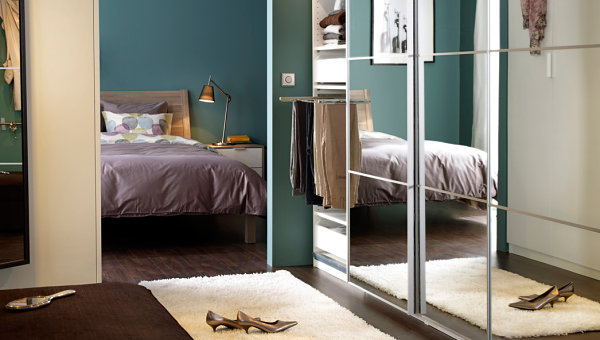 Metallic details in a Scandinavian bedroom