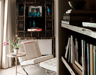 10 Iconic Barcelona Chairs Defining Different Interior Styles