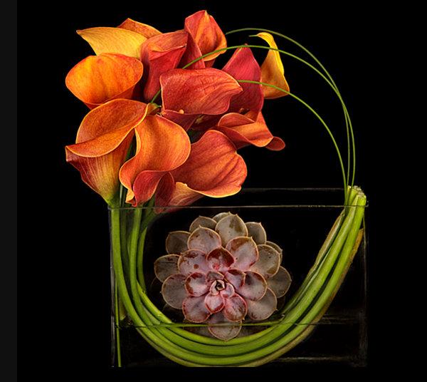 Modern Thanksgiving floral arrangement