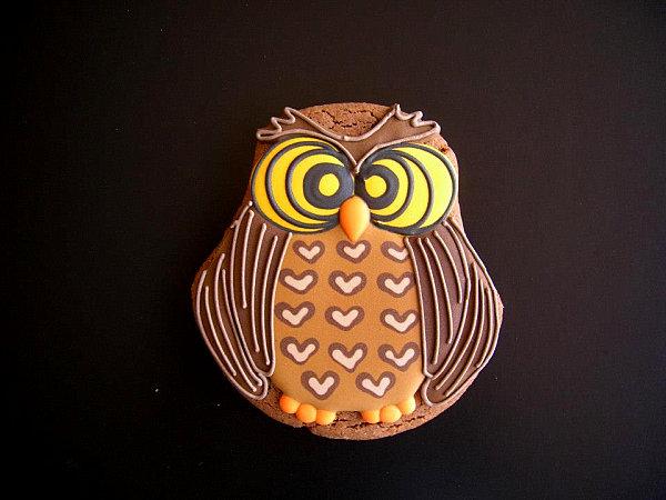 Owl cookie by Natasha Tasic of Delissshhh