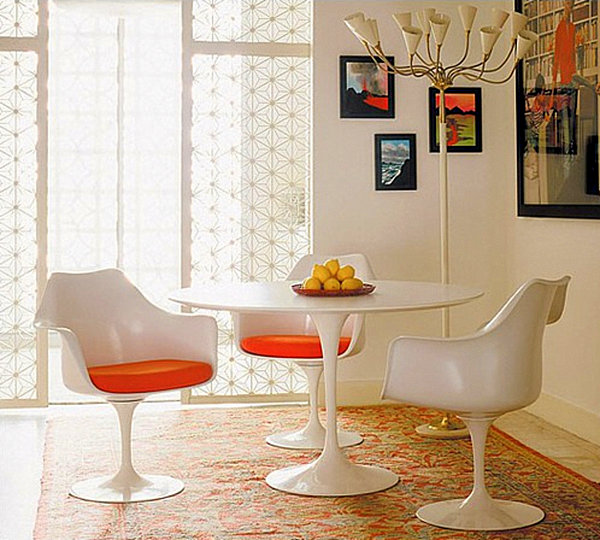 Saarinen dining table Stunning Kitchen Tables and Chairs for the Modern Home