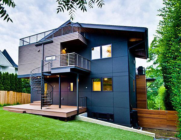 Short outdoor metal staircase