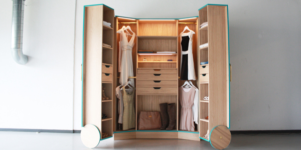 Stylish Walk In Closet for Small Spaces Ergonomic Walk In Closet Opens Up Into a Stylish Mini Fitting Room