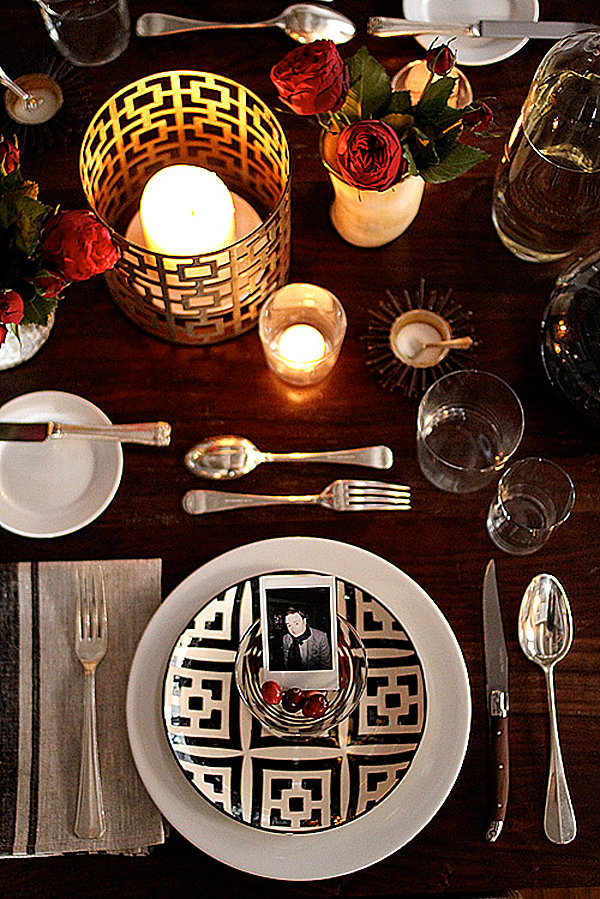 View in gallery Thanksgiving place settings ... & 12 Stylish Thanksgiving Table Setting Ideas