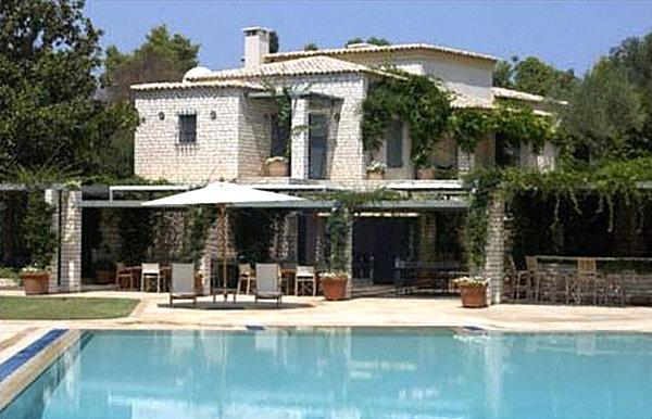 Villa Sylva exterior and swimming pool