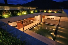 Austere but luxurious Colombian residence by the mountainside