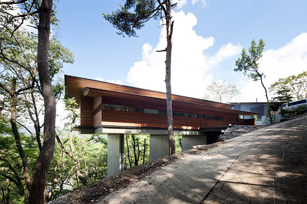 Cantilevered Contemporary Japanese Home By Kidosaki Architects - Japanese contemporary homes