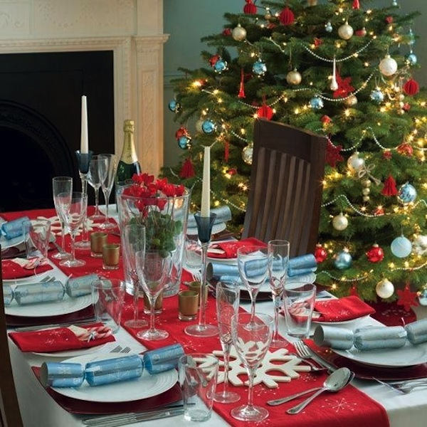 christmas tablescape and tree