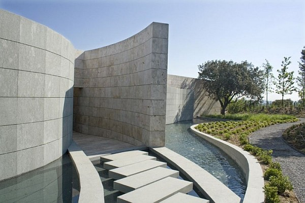 curved-stone-walls