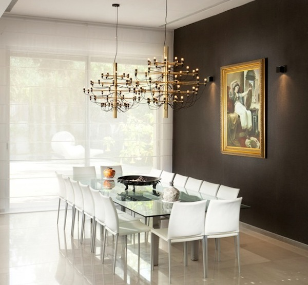 Choosing the ideal accent wall color for your dining room for Dining room wall colors