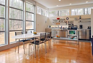 glossy-plywood-flooring