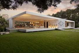 """Glass Pavilion"", a true vision from Steve Hermann"