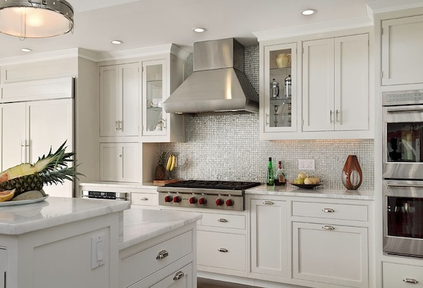 Back to: Choosing a Kitchen Backsplash to Fit Your Design Style