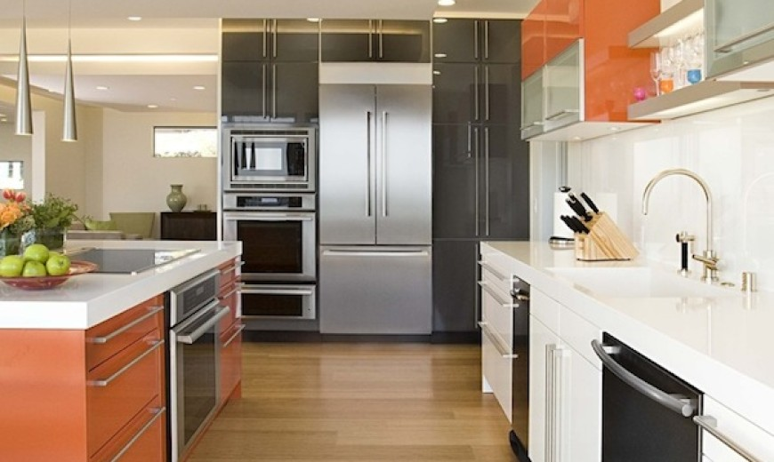 light hardwood flooring kitchen idea