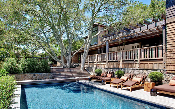mountain-villa-with-pool