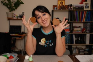 natasha tasic making cookiers Cookie Decorating: When Making Sweets Becomes Art