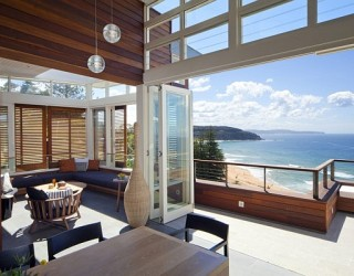 Beach House in Sydney Transforms to Mimic a Stylish Luxury Resort