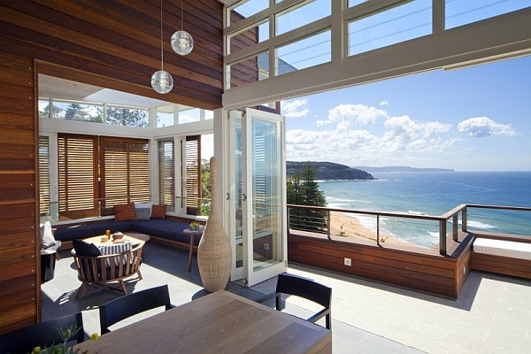 Australia beach villa Beach House in Sydney Transforms to Mimic a Stylish Luxury Resort