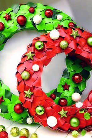 Duct Tape Wreaths in Green and Red help spread the holiday spirit