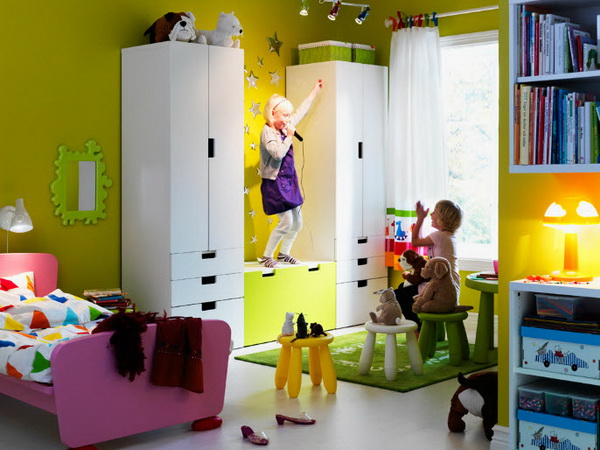 ikea kids rooms catalog shows vibrant and ergonomic design. Black Bedroom Furniture Sets. Home Design Ideas