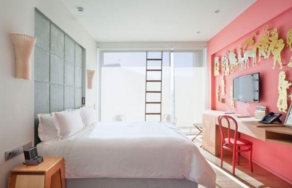 Karagiozis themed room with vivid shades