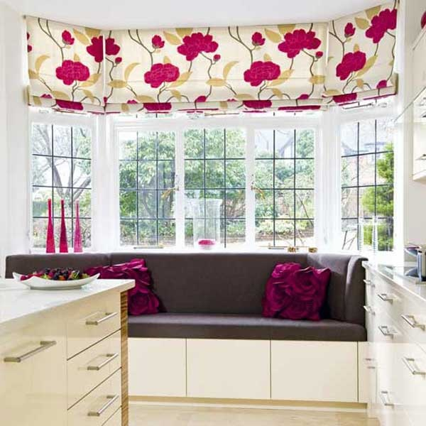 Kitchen bay window seating